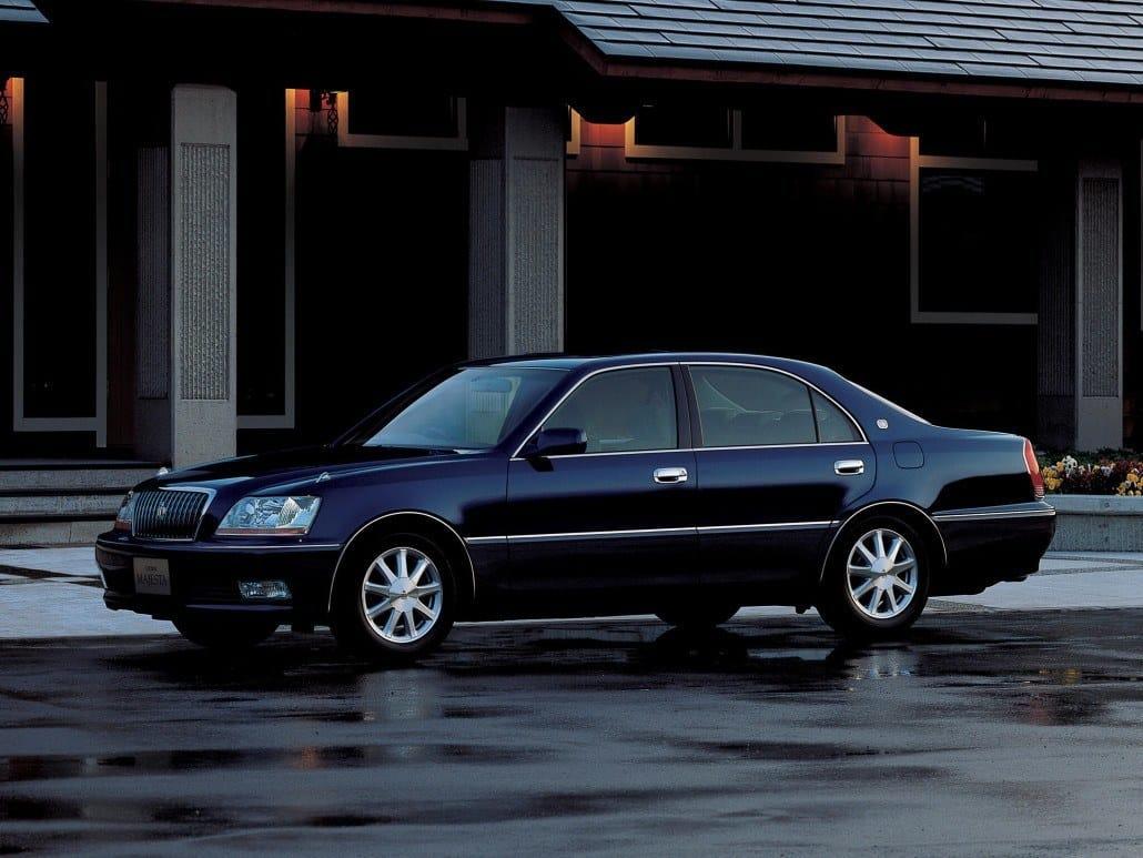 Toyota Crown 60 Ans Dun Haut De Gamme Auto Forever