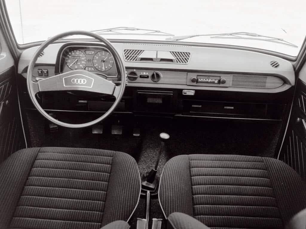 Audi 50   Évolutions et caractéristiques   Auto Forever