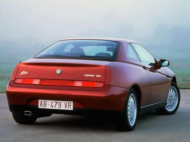 Alfa Romeo GTV 1995-1998 - vue arrière