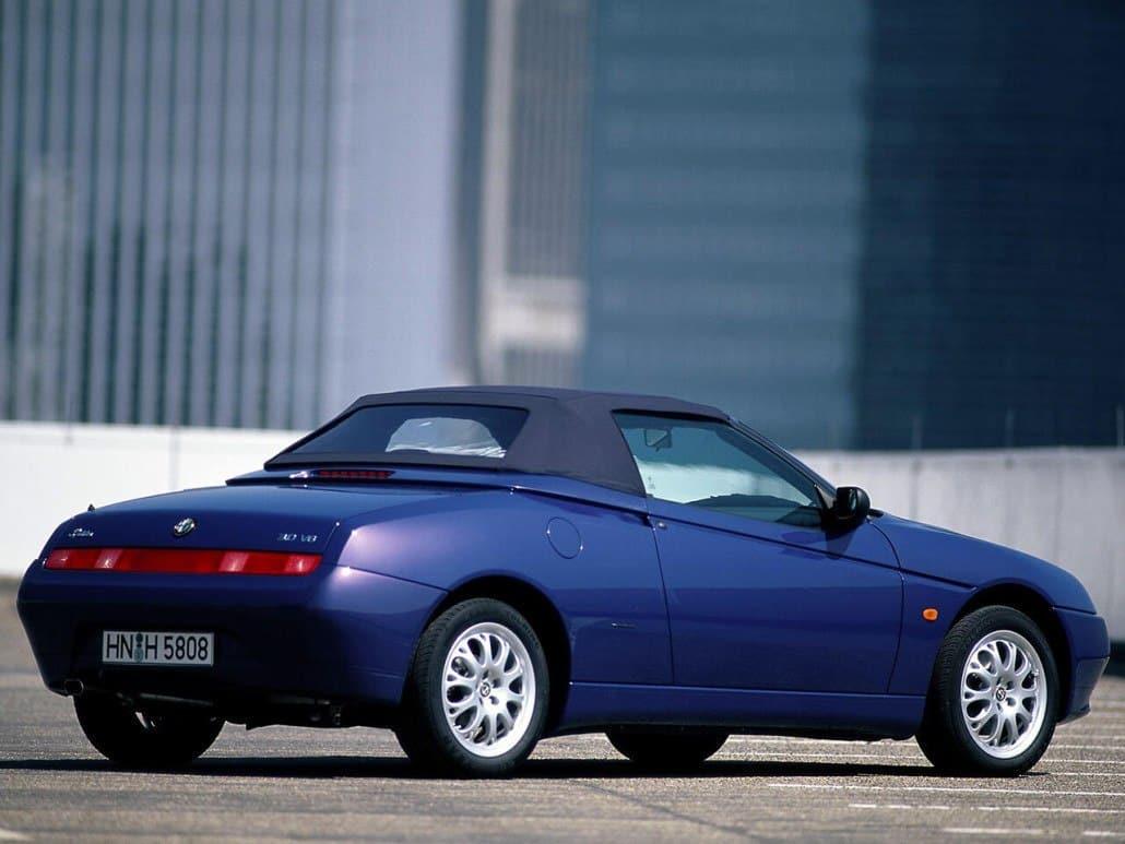 Alfa Romeo Spider 1998-2003 - vue arrière capoté
