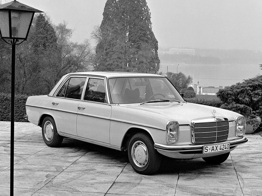 mercedes benz w115 w114 voiture allemande histoire et technique auto forever. Black Bedroom Furniture Sets. Home Design Ideas