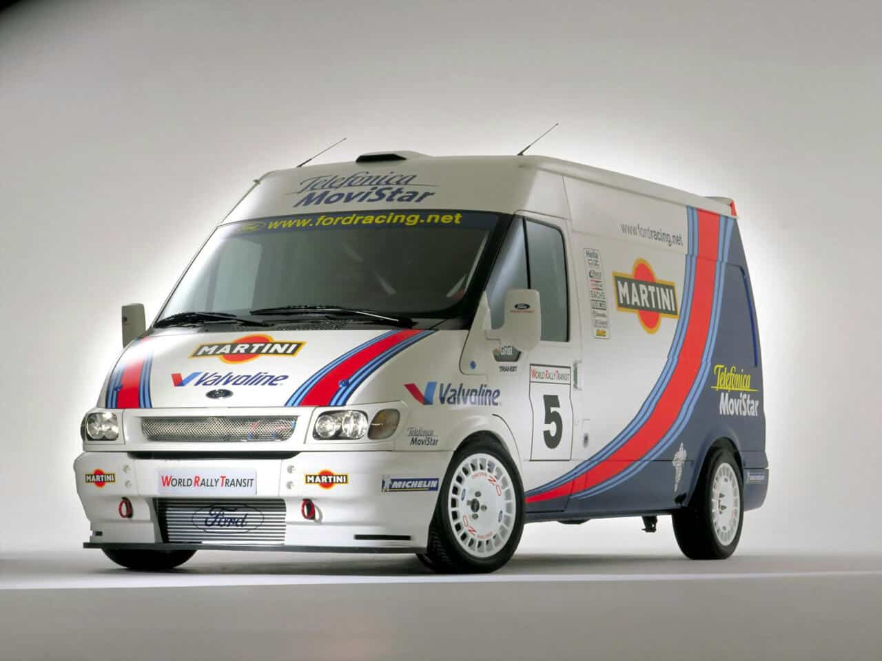 Ford Transit World Rally concept 2000 - photo Ford