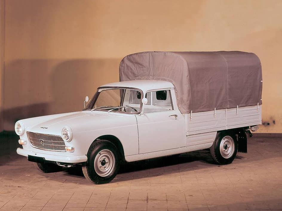Peugeot 404 pick-up 1967-1969 - photo Peugeot