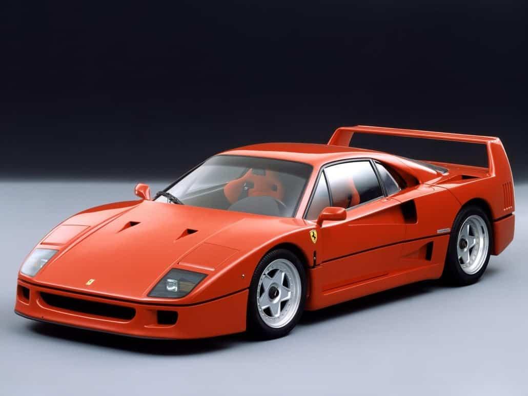 Ferrari F40 1987-1992 vue AV - photo Ferrari