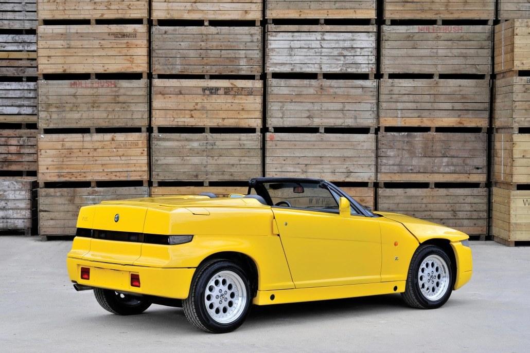 Alfa Romeo RZ 1992-1993 vue AR - photo Tim Scott/RM Auctions
