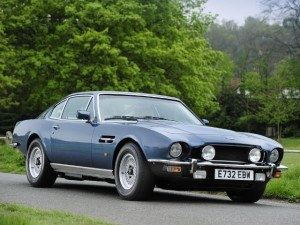 Aston Martin V8 Saloon 1972-1989 - photo : auteur inconnu DR