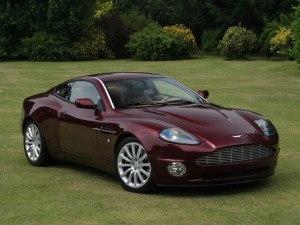 Aston Martin Vanquish 2001-2007 - photo Aston Martin