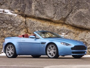 Aston Martin Vantage roadster depuis 2006 - photo Aston Martin