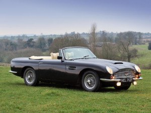 Aston Martin Volante 1966-1970 - photo : auteur inconnu DR