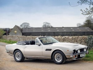 Aston Martin V8 Volante 1978-1989 - photo : auteur inconnu DR