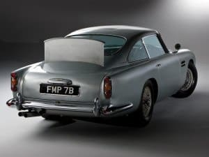 Aston Martin DB5 James Bond 1964 vue AR - photo : Aston Martin