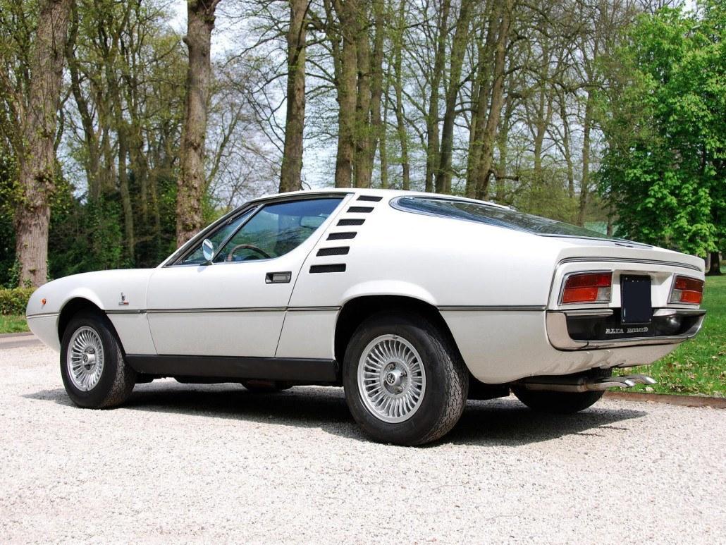 Alfa Romeo Montreal 1970-1977 vue AR - photo : auteur inconnu DR