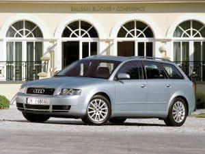 Audi A4 B6 Avant 2001-2004 vue AV - photo Audi