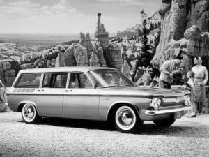 Chevrolet Corvair Lakewood MY 1961 vue AV - photo Chevrolet