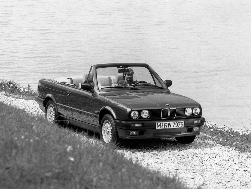 bmw serie 3 e30 cabriolet histoire et fiche technique auto forever. Black Bedroom Furniture Sets. Home Design Ideas