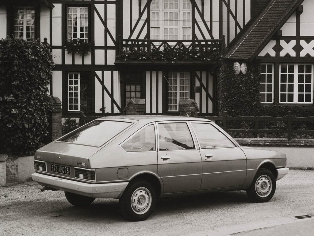 Chrysler Simca 1307 GLS 1975-1979 vue AR - photo Chrysler