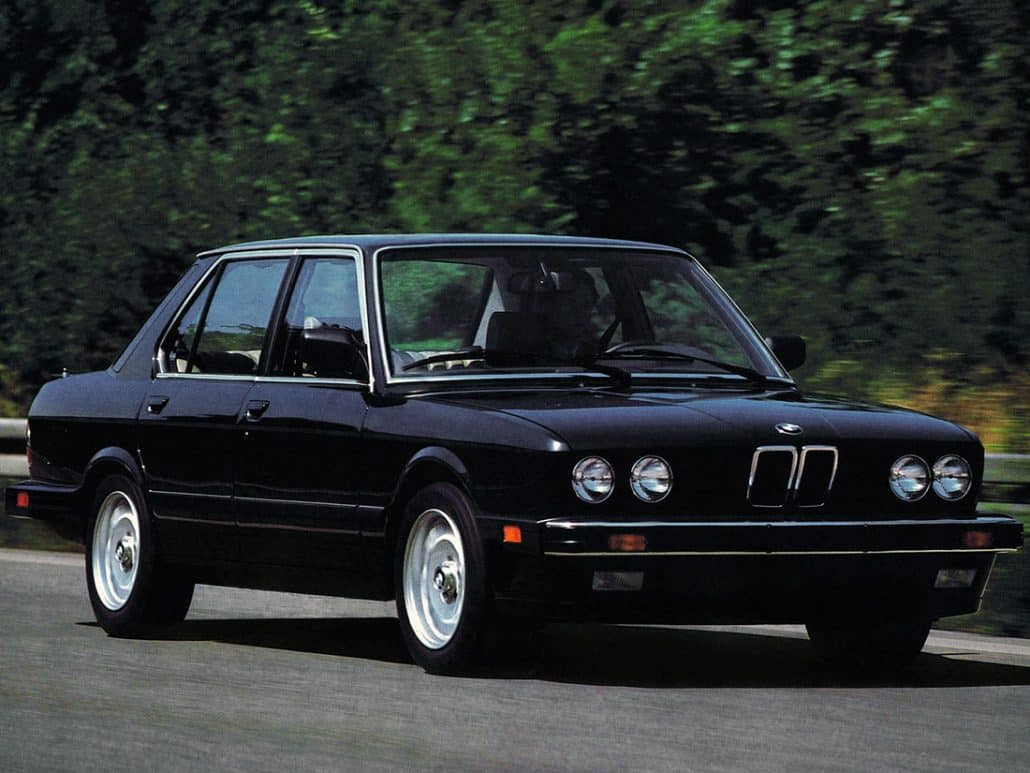 bmw s rie 5 e28 histoire et fiche technique auto forever. Black Bedroom Furniture Sets. Home Design Ideas