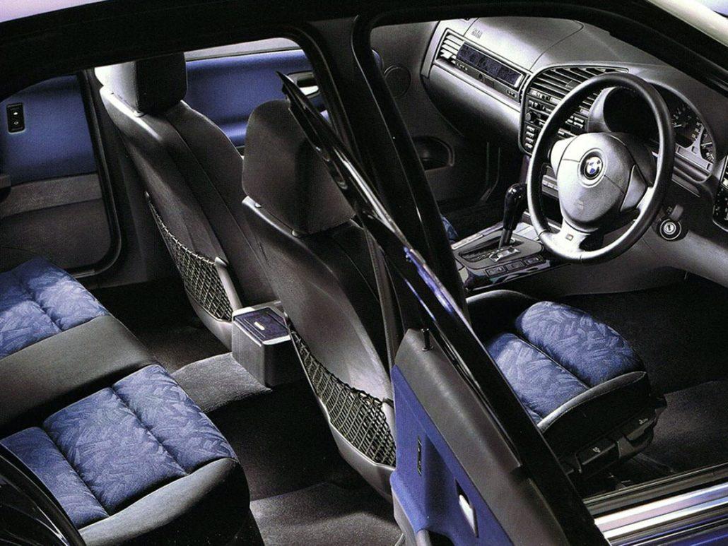 Bmw e36 toutes ses versions et son histoire auto forever for Interieur e36