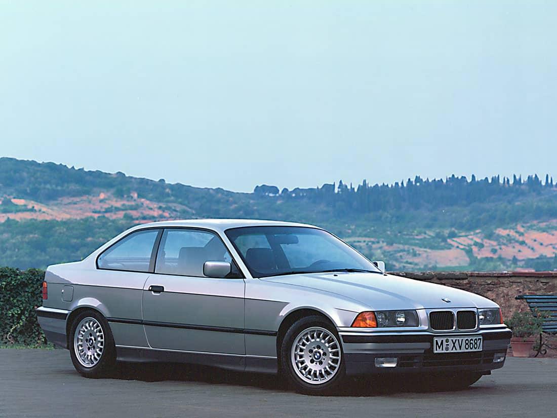 Bmw E36 Coupe Evolutions Et Caracteristiques Auto Forever