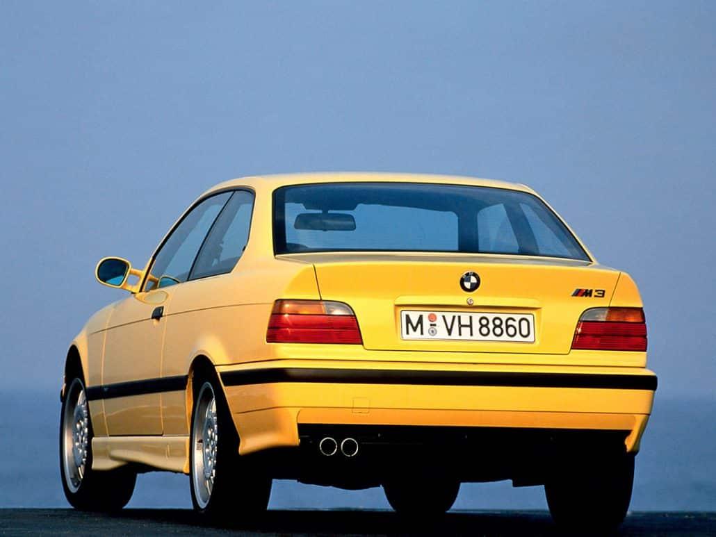 BMW M3 E36 1992-1995 vue AR - photo BMW