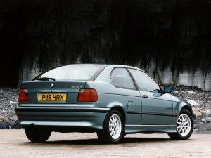BMW Série 3 E36 Compact 1996-2000 vue AR - photo BMW