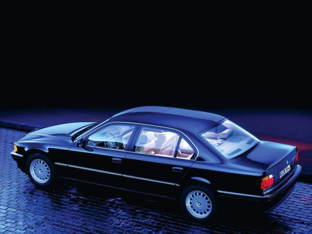 BMW Série 7 E38 Lang 1994-1998 vue AR - photo BMW