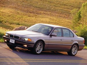 BMW Série 7 E38 US 1998-2001 vue AV - photo BMW