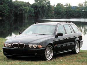BMW Série 5 E39 Touring 2000-2004 vue AV - photo BMW