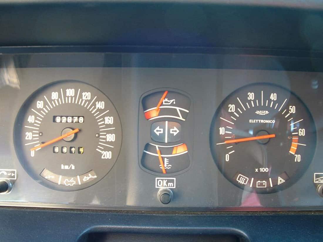Lancia Beta HPE 2000 année modèle 1980 tableau de bord