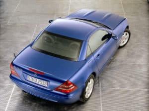 La SLK 200 Kompressor phase 2 lancée en janvier 2000, toit fermé - photo Mercedes-Benz