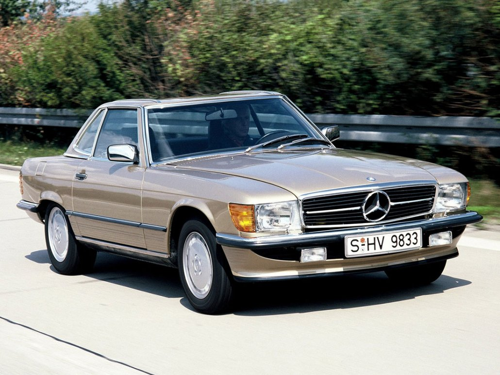 Mercedes-Benz 300SL R107 1985 vue AV - photo Archives Daimler