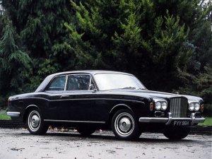 Bentley T1 coupé Mulliner Park Ward 1966-1971 vue AV - photo Bentley
