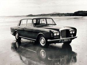 Bentley T1 berline 1965-1977 vue AV - photo Bentley