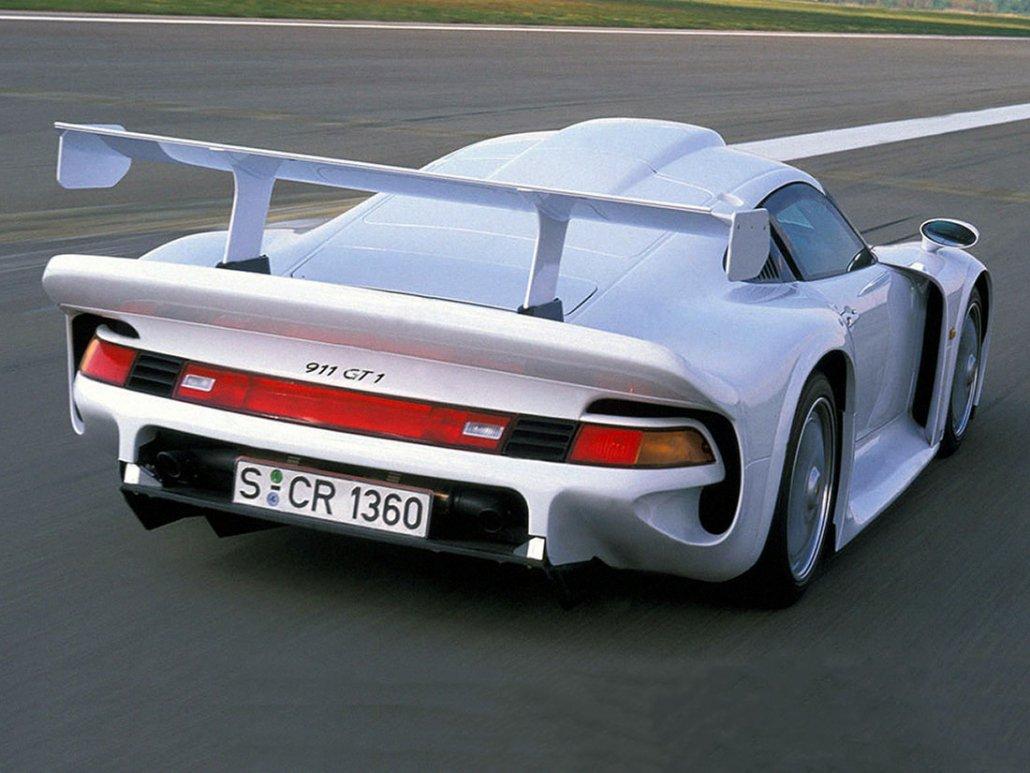 Porsche 911 GT1/96 Straßenversion vue AR 1996 - photo Porsche AG