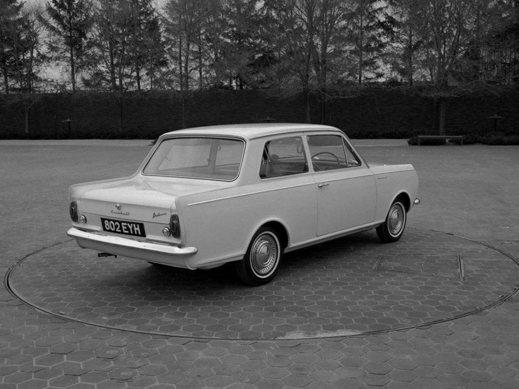 Vauxhall Viva De Luxe 1963-1966 vue AR