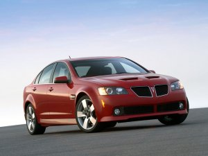 Pontiac G8 GT 2007-2009 vue AV - photo GM